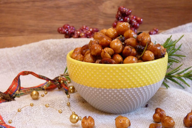 Crunchy Christmassy Spiced Chickpeas