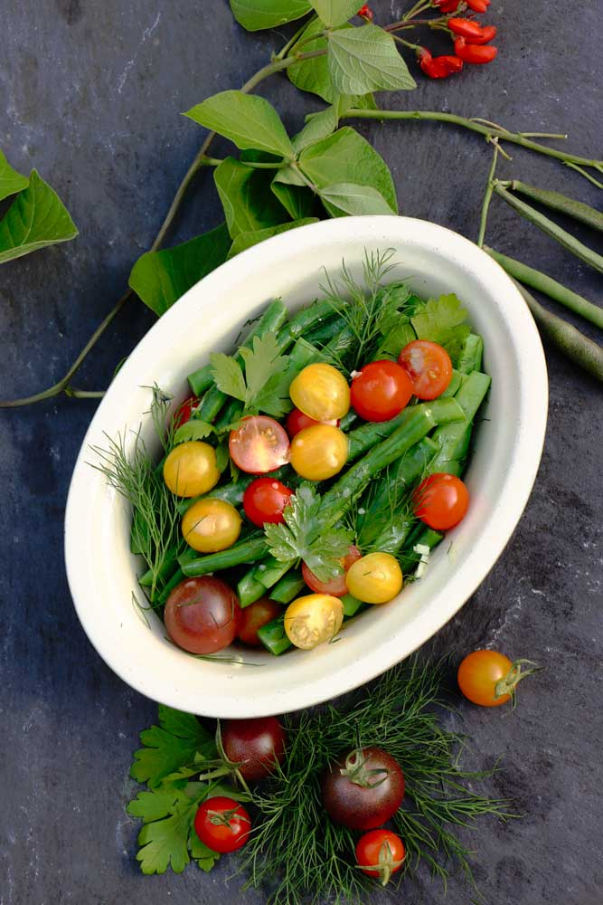 Delicious Herby Tomato and Bean Salad