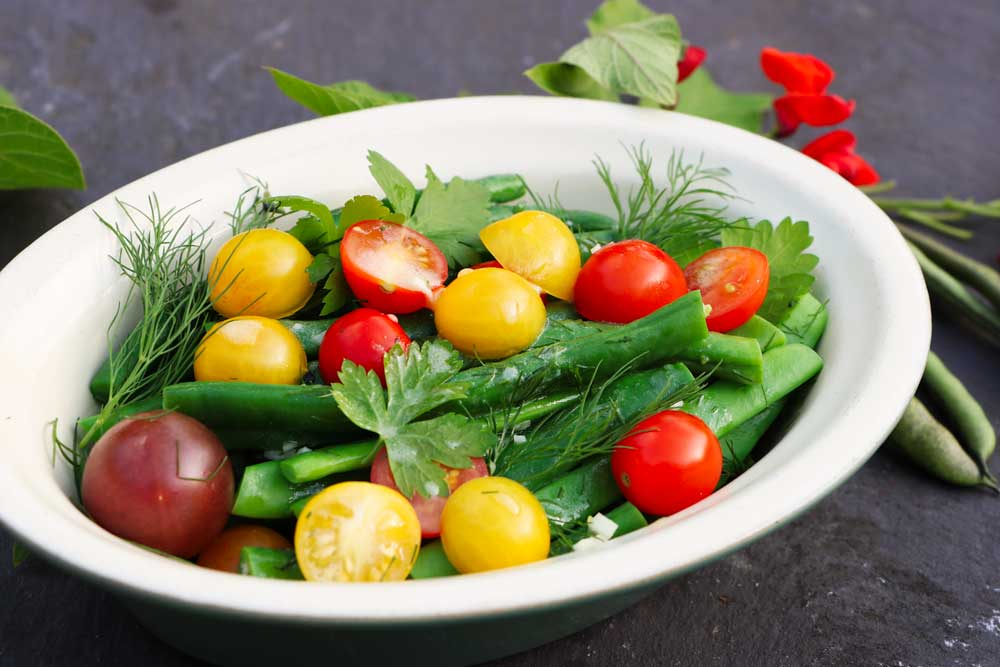 Herby Fresh tomato and bean salad