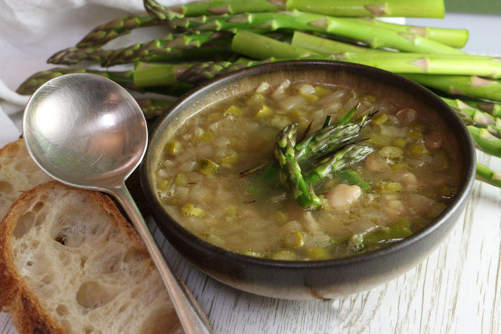 Asparagus, Leek and Butterbean Soup