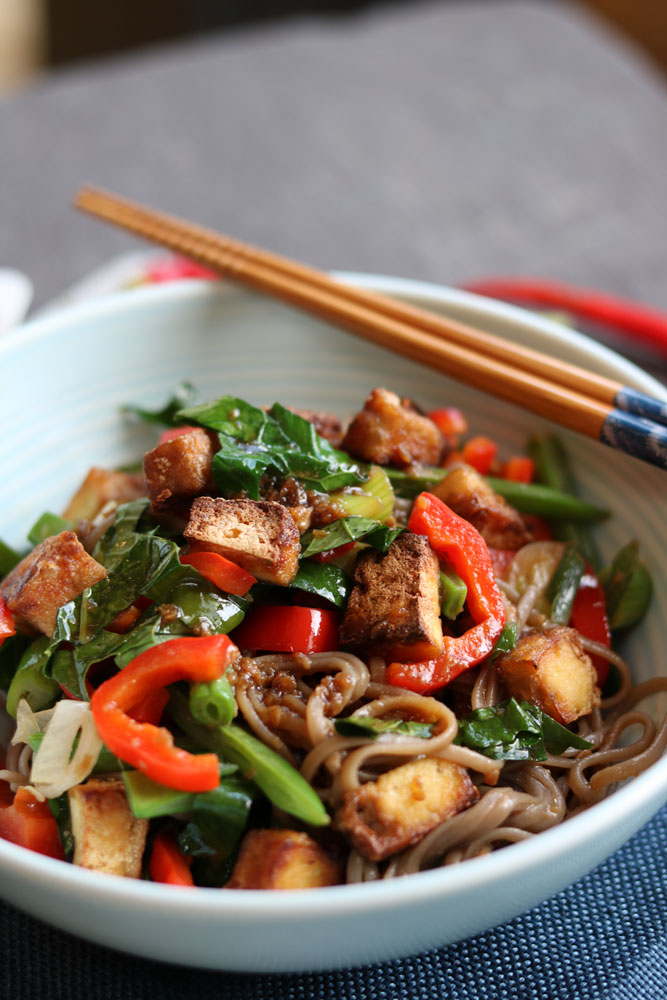 Crunchy Tofu & Veggie stir fry