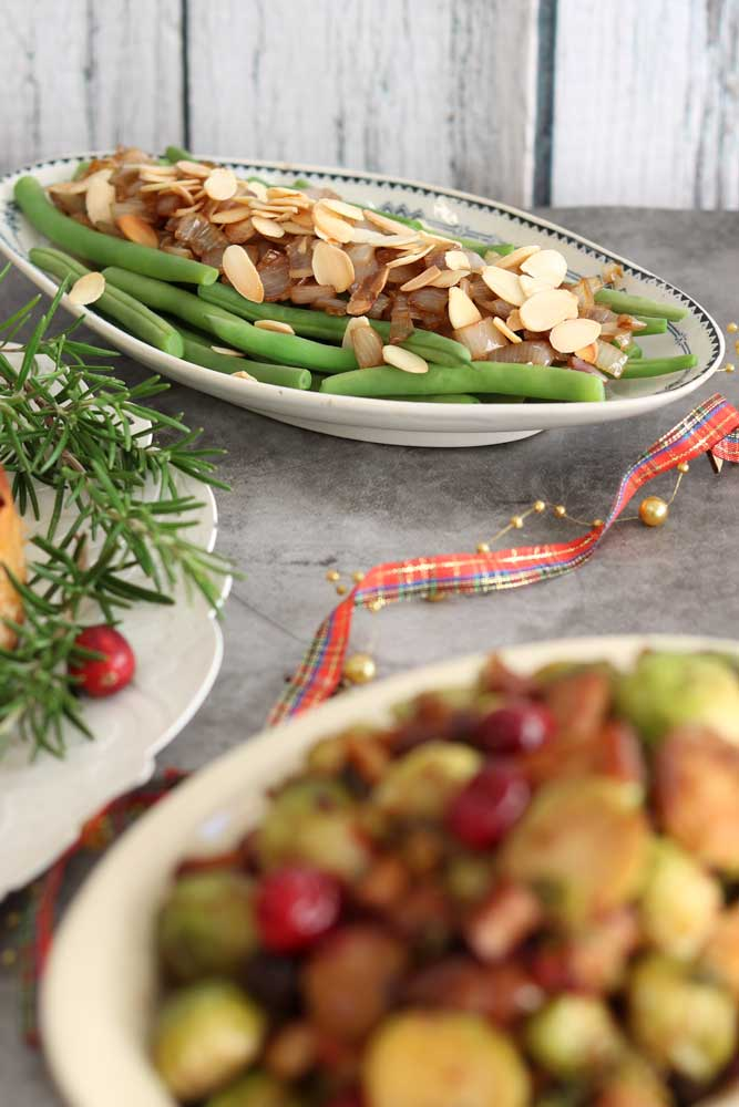 Green Beans and Shallots and Almonds