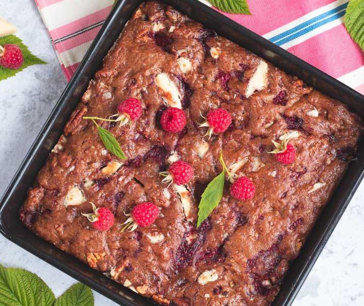Rasperry, White Chocolate & Pecan Brownies in the tin