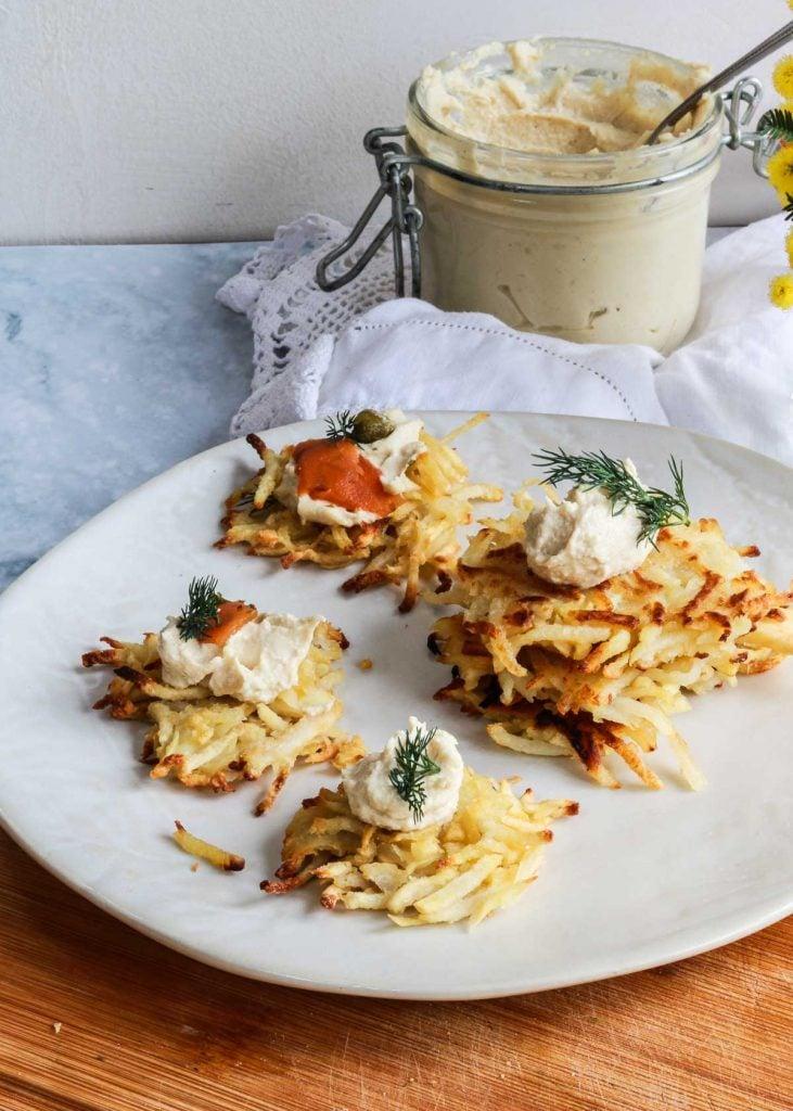 Vegan Cream cheese topping latkes