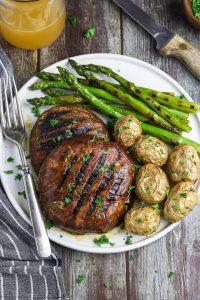 vegan portabello mushroom steaks with potatoes and green beans